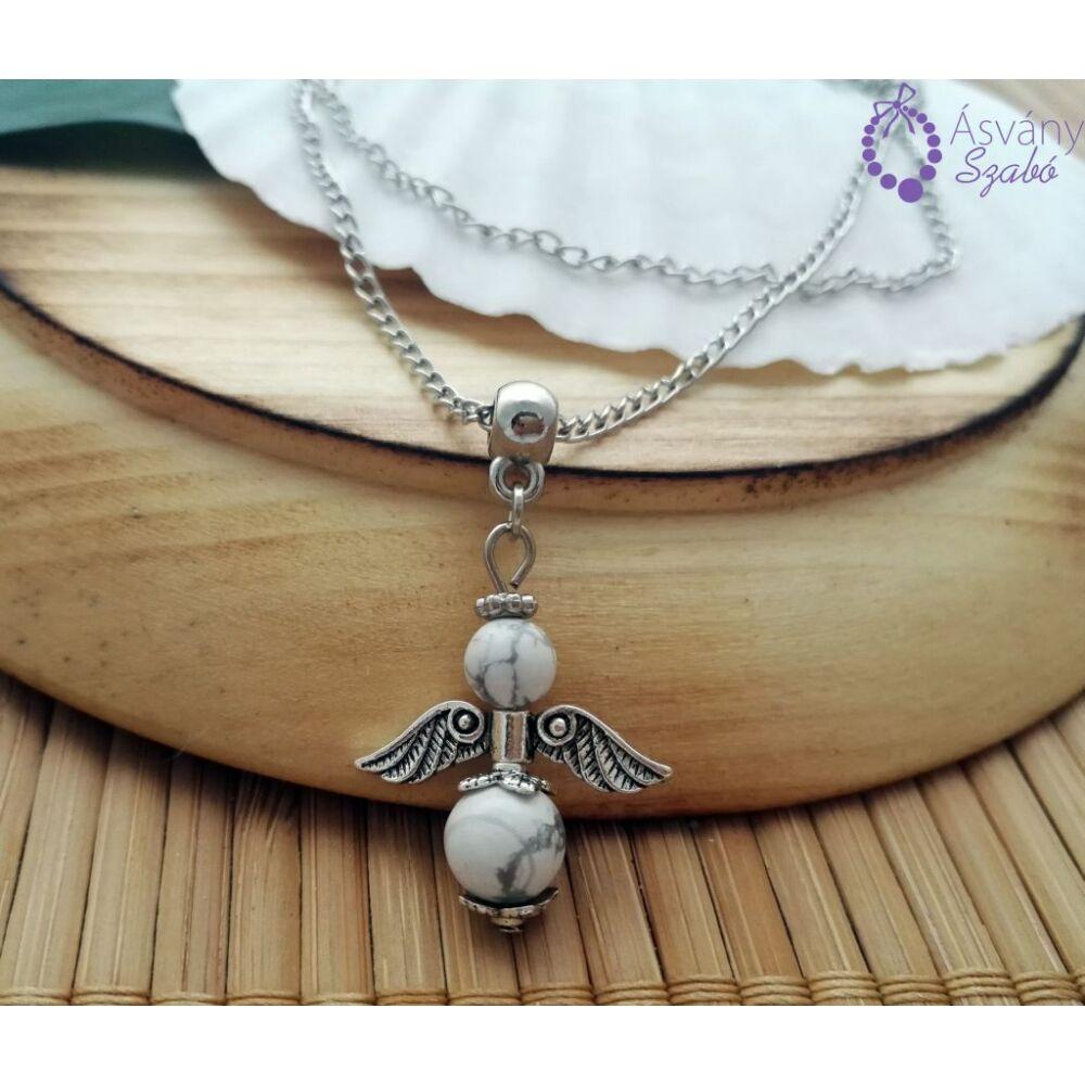 1479461885-howlit-angyal-medalos-nyaklanc.jpg